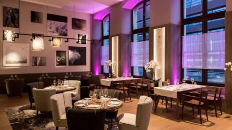 wroar-restaurant-