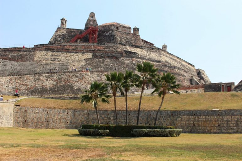 Castillo de San Felipe in Cartagena things to do