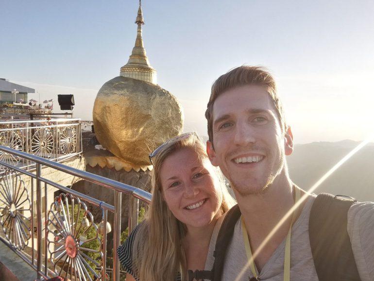 Golden Rock Pagode Myanmar Esther en Thieme