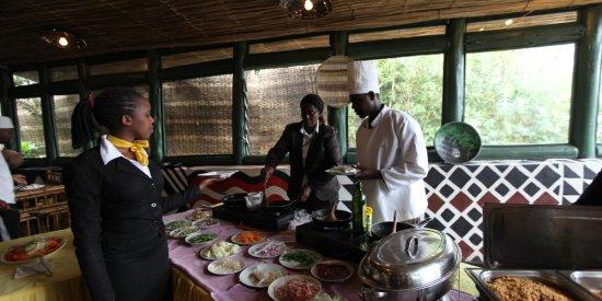 Le Bambou Gorilla Lodge Restaurant