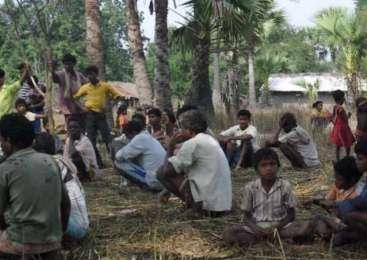 ताड़मेटला कांड: ग्रामीणों ने समन लेकर पहुंचे राजस्व अमले को बैरंग लौटाया और कहा- घर हमारा जला, हम ही पेशी व जेल जाएं अब कोई नहीं देगा गवाही