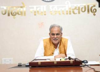 cm-bhupesh-speaks-with-chhattisgarh-women