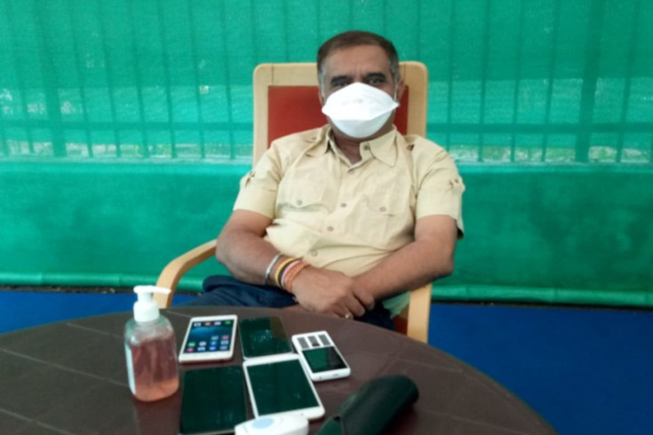 dgp-avasthi-office-in-tent