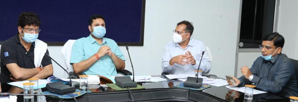 umesh-patel-coronavirus-roktham-meeting