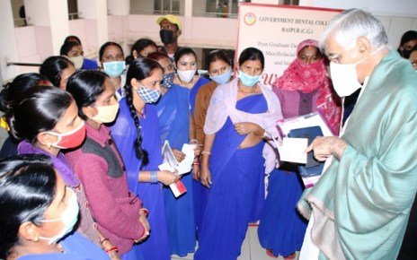 ts-singh-deo-visits-health-center-17-feb-2021
