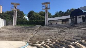 Teatrul de Vară din Costinești după ce a fost lăsat în paragină. FOTO BTT
