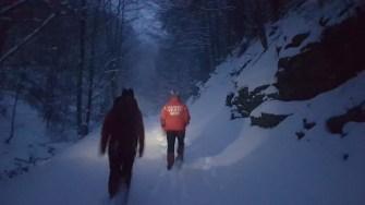 Salvamontiștii au pornit în căutarea turiștilor rătăciți. FOTO Salvamont Prahova