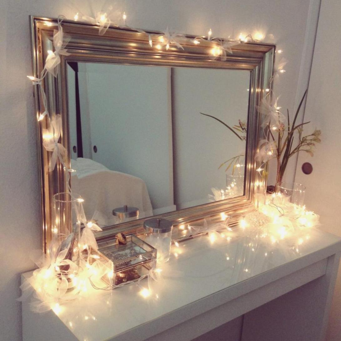 Bedroom Vanity Set With Lights Around Mirror 21