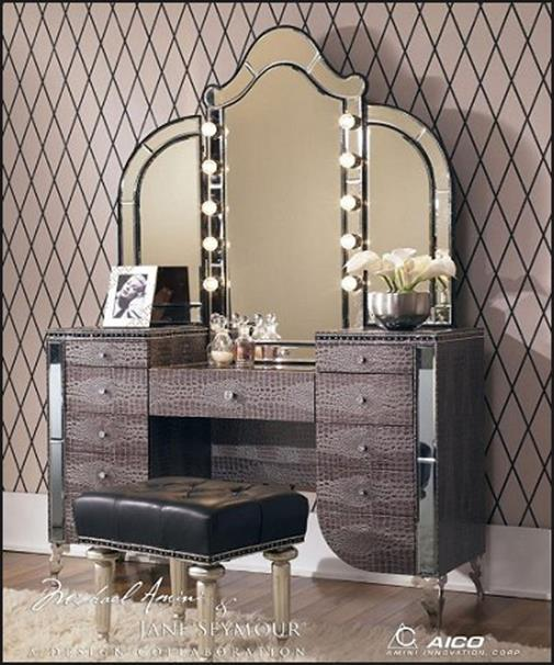 Bedroom Vanity Set With Lights Around Mirror 30