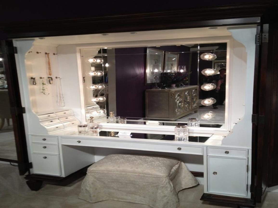 Bedroom Vanity Set With Lights Around Mirror 32