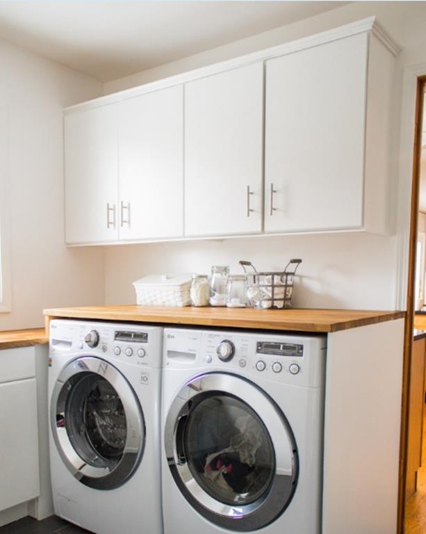 Best Paint Color For Small Laundry Room 37