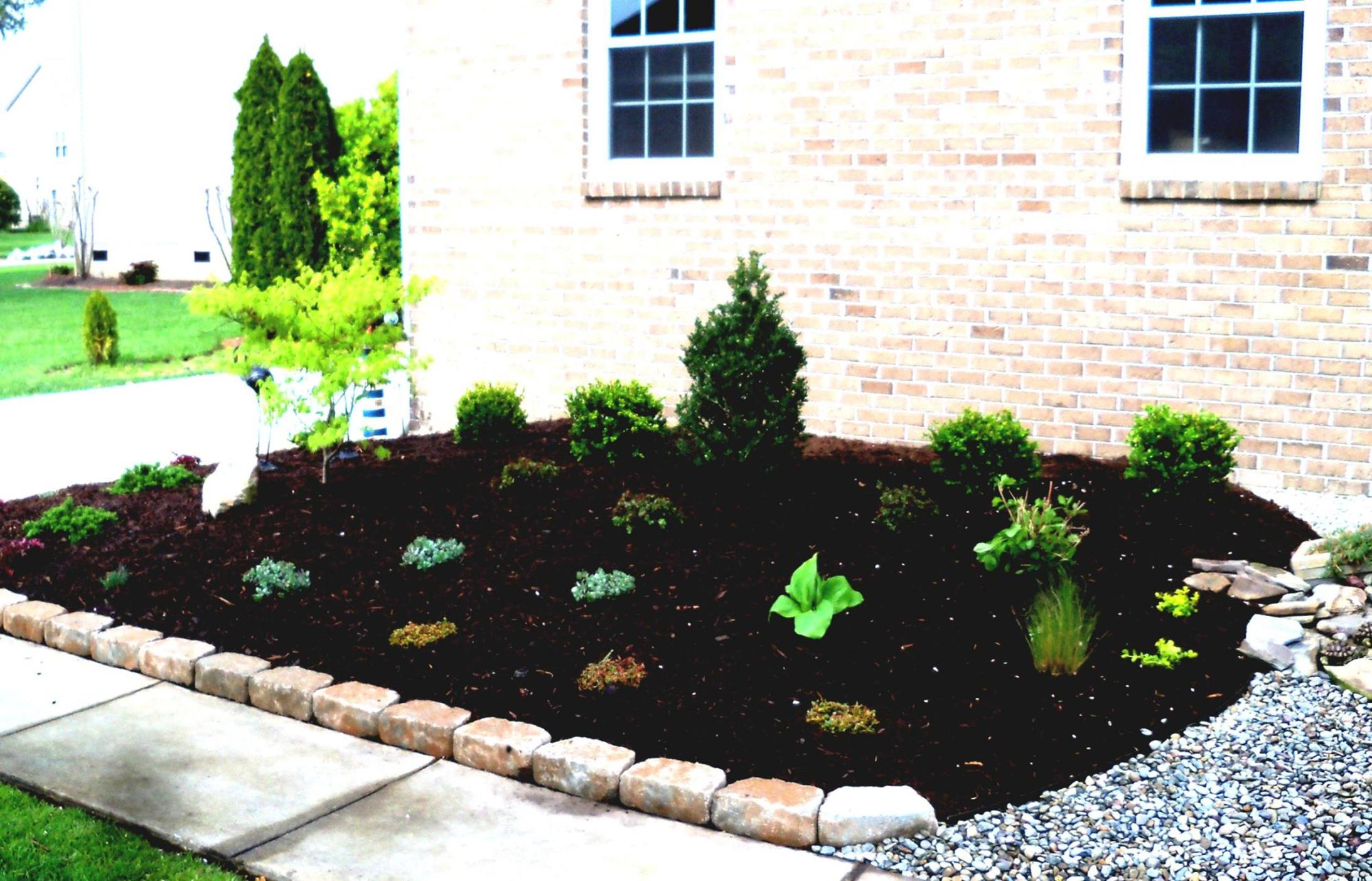 Landscaping Ideas With Rocks And Mulch 31