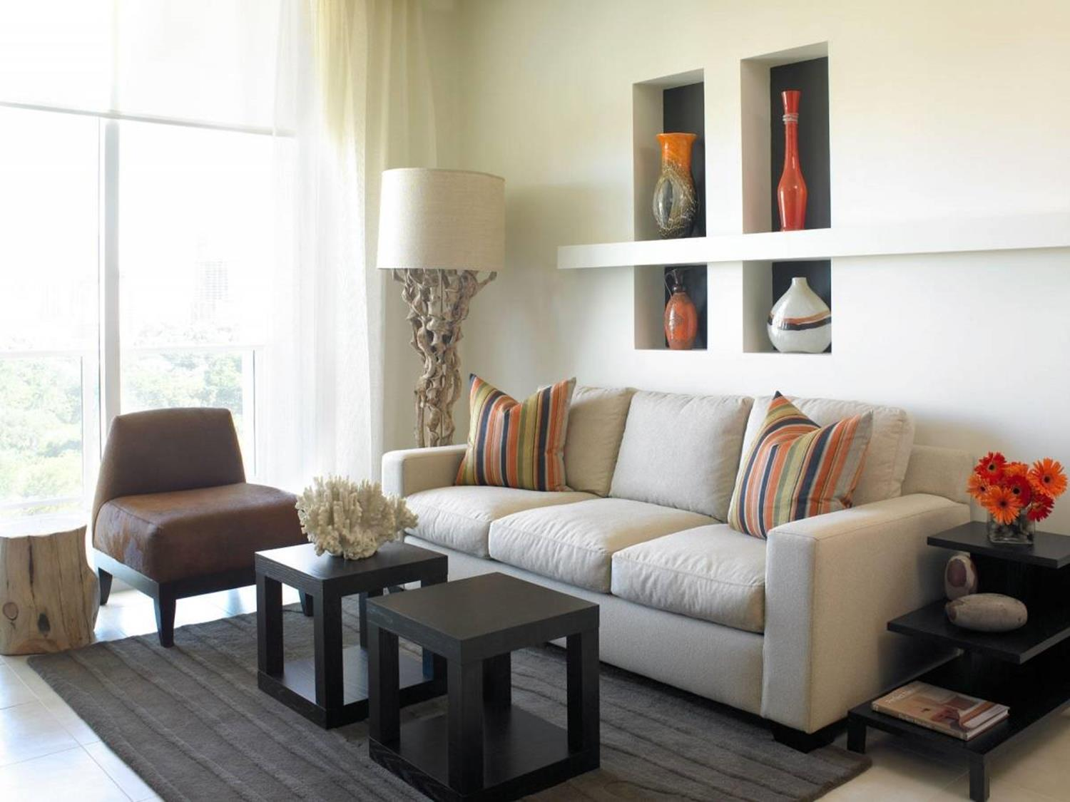 Living Room Furniture Ideas For Small Spaces 39