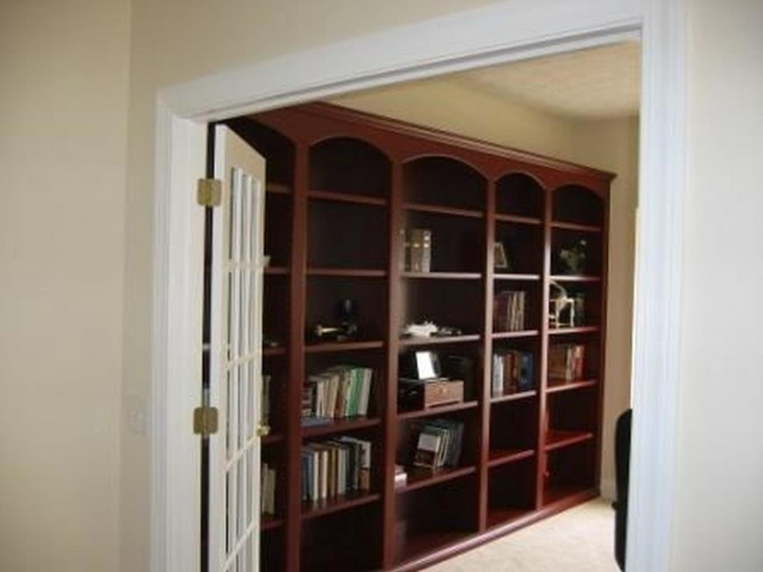 Perfect Bookshelves For Small Spaces and Decor Ideas 10