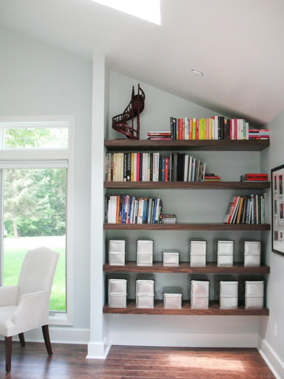 Perfect Bookshelves For Small Spaces and Decor Ideas 39