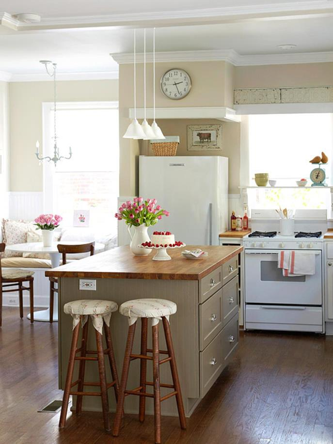Small Country Kitchens Design and Decor Ideas 32