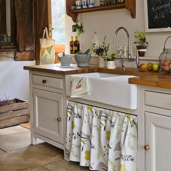 Small Country Kitchens Design and Decor Ideas 6