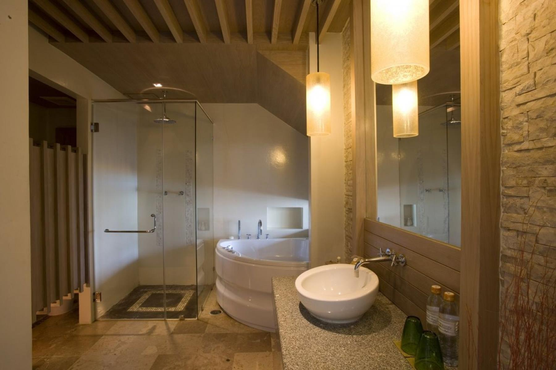 Spa Bathroom Remodel For Small Space 32