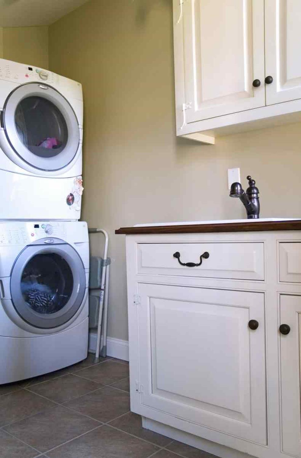 Decorating A Laundry Room On A Budget 32