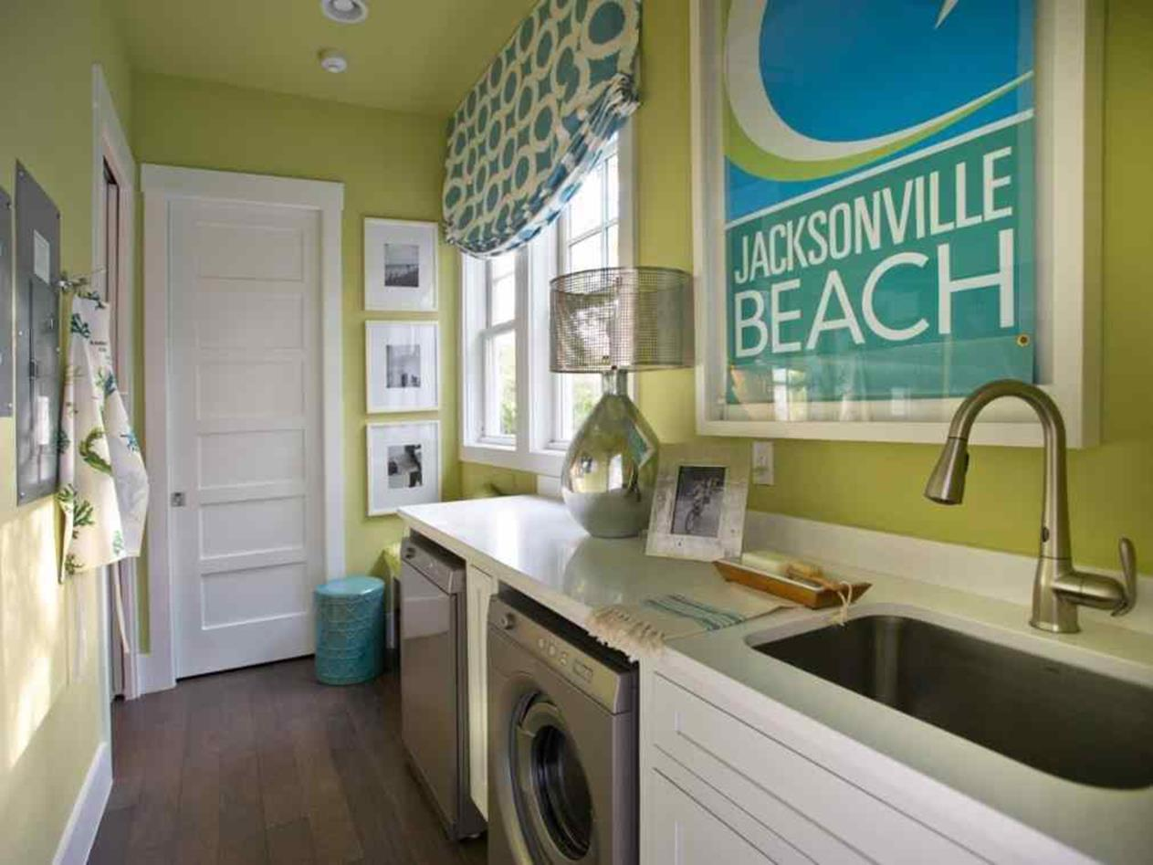 Decorating A Laundry Room On A Budget 9