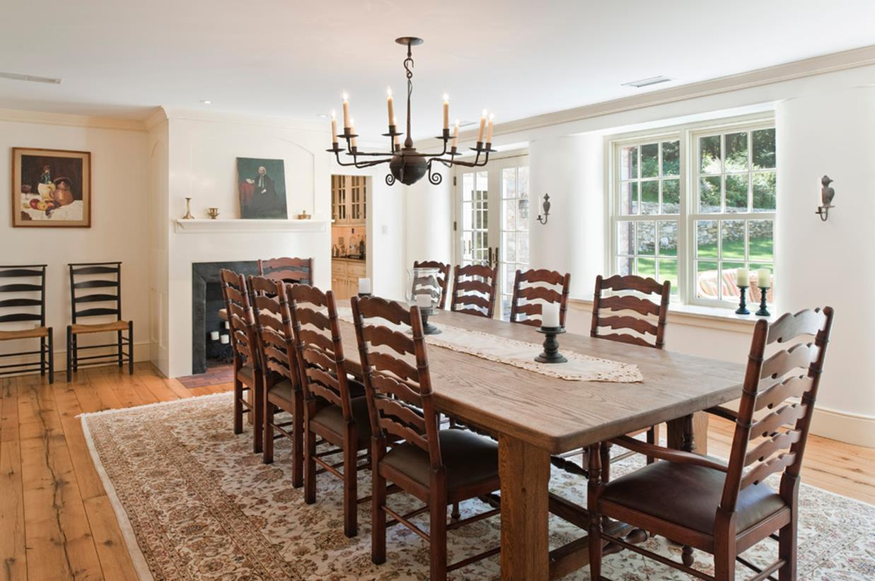 Farmhouse Dining Room Decorating Ideas 30