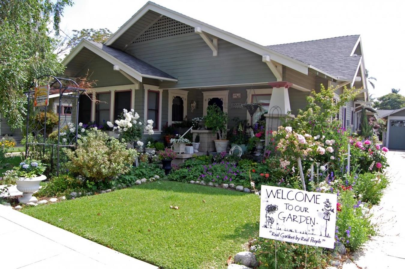 Lakefront Property Landscaping Ideas 23