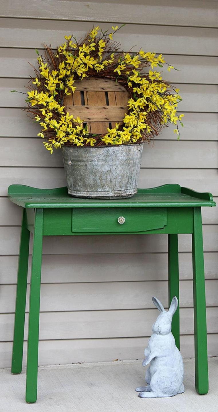 Spring Farmhouse Decorating Ideas 41