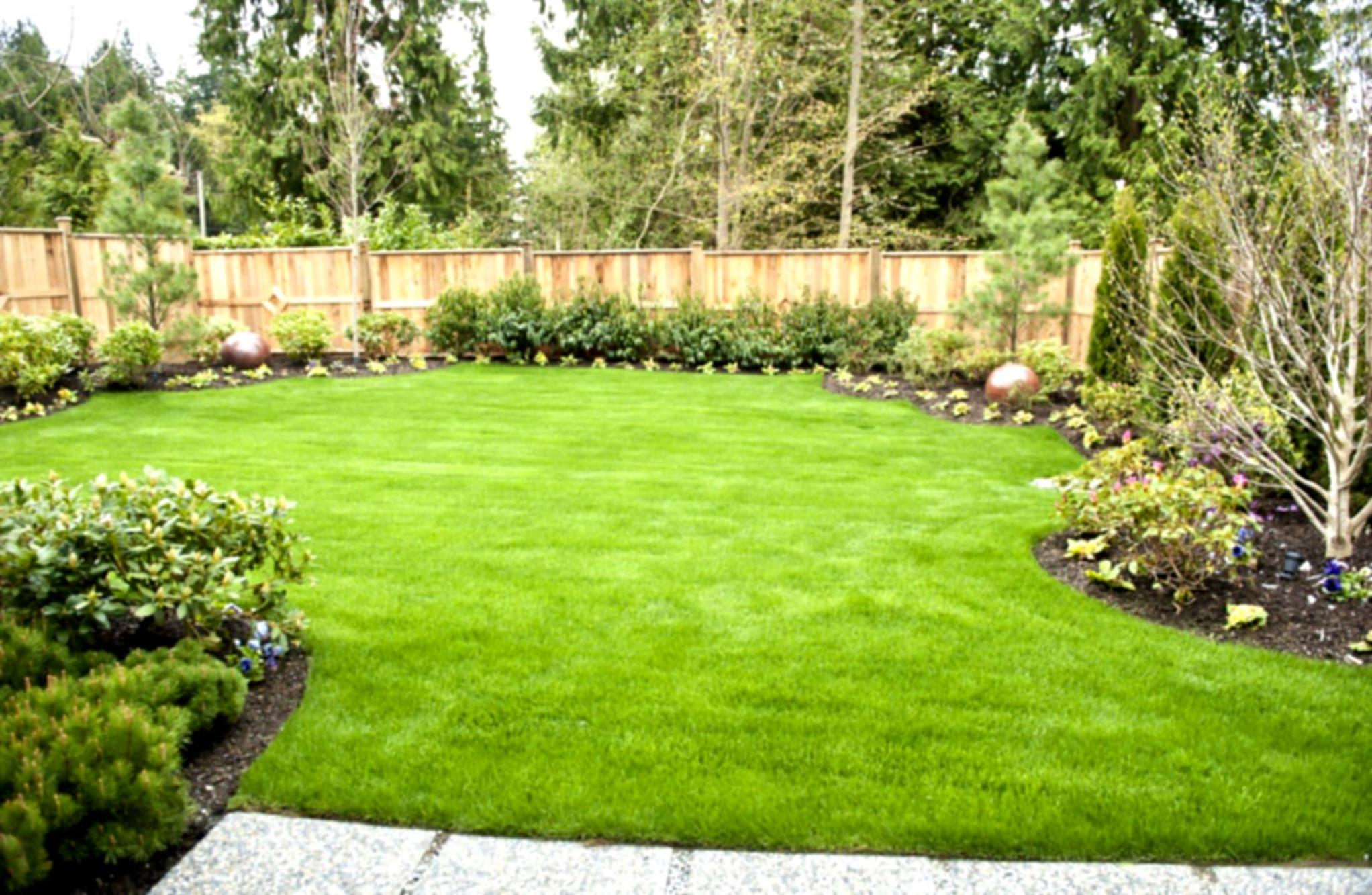 Perfect Landscaping Ideas for Small Yards 10
