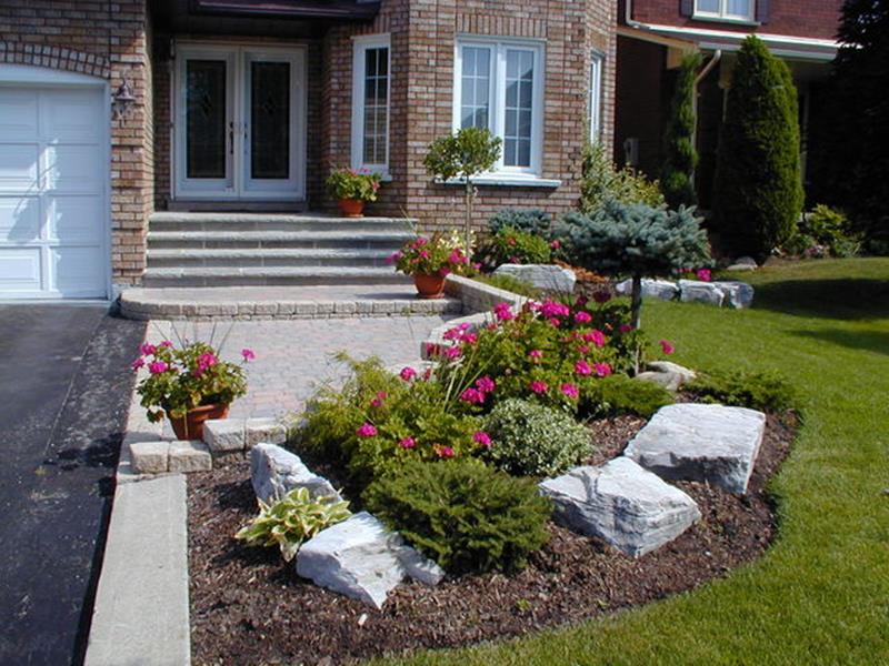 Perfect Landscaping Ideas for Small Yards 20