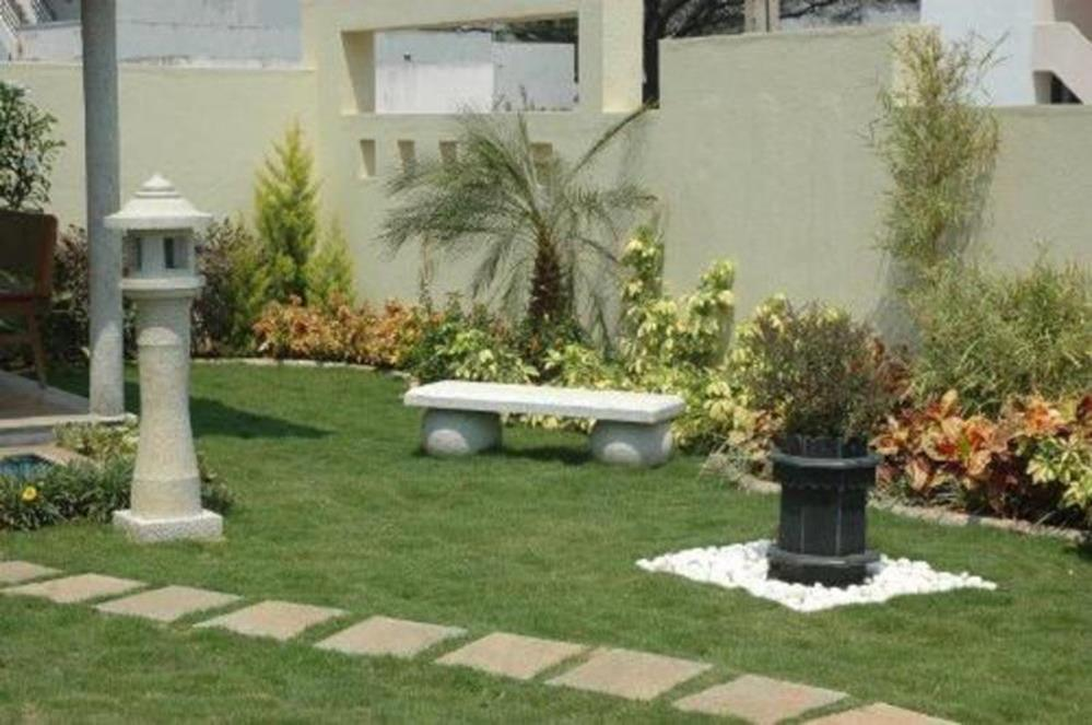 Perfect Landscaping Ideas for Small Yards 29