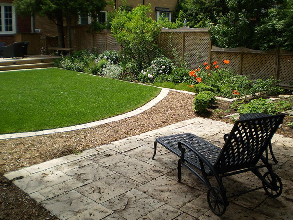 Perfect Landscaping Ideas for Small Yards 9