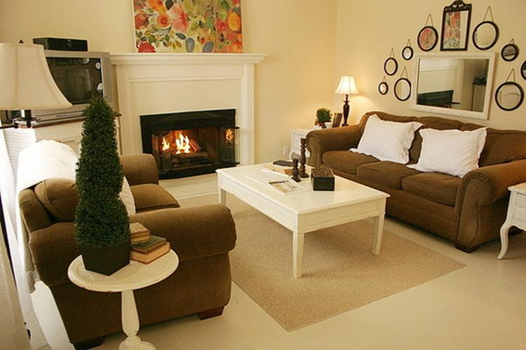 Yellow Cottage Living Room Decorating Ideas 25