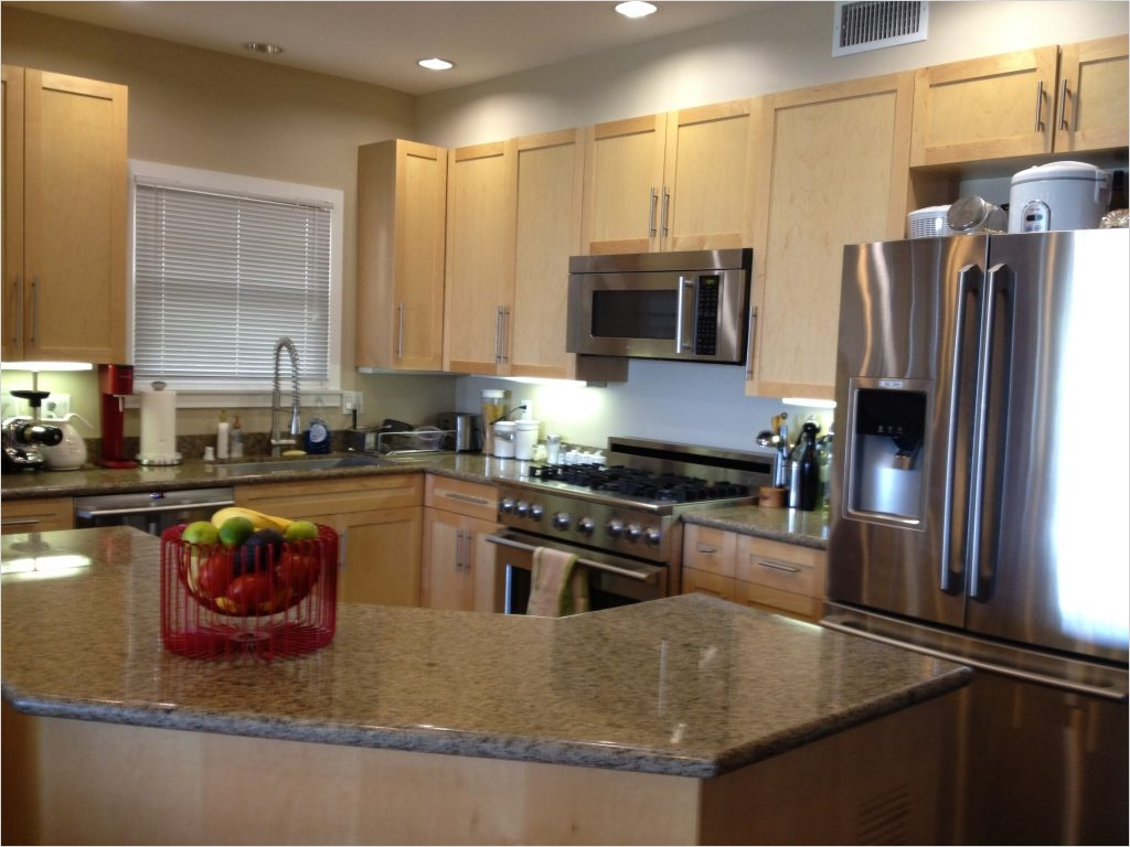 Kitchen with Maple Cabinets Color Ideas 94 Kitchen Kitchen Color Ideas with Maple Cabinets Trash Cans Cake Pans Holiday Dining Frying 6