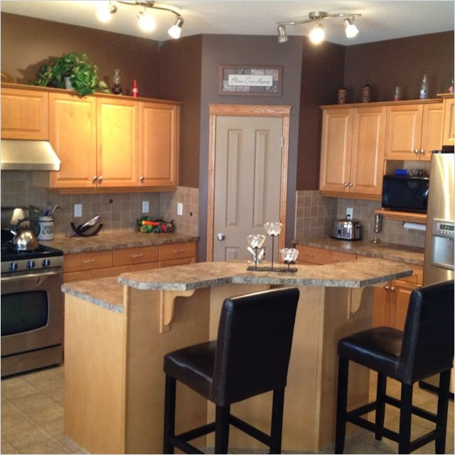 Kitchen with Maple Cabinets Color Ideas 87 Maple Kitchen Cabinets and Wall Color Ideas for Our Home Pinterest 8