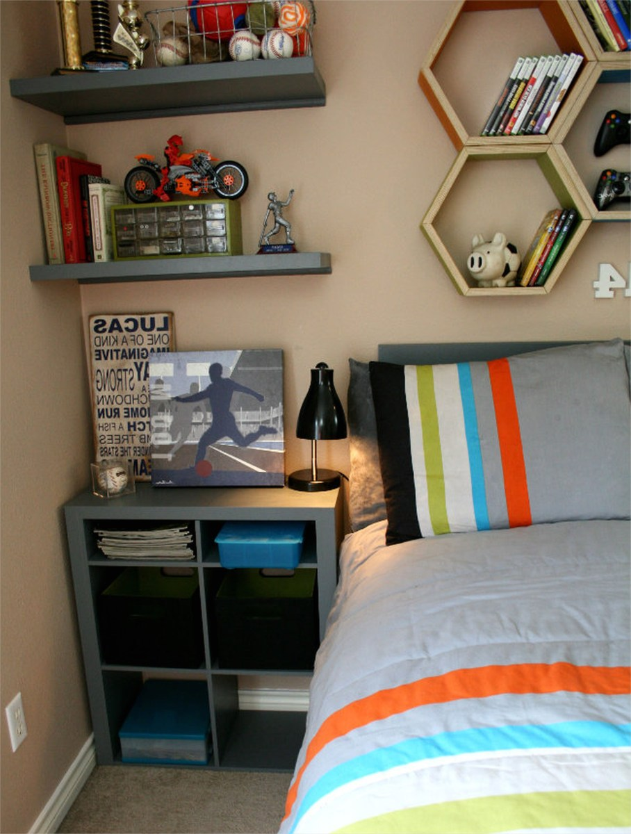 41 Perfect Shelf Decor Ideas Grey Bedrooms 11 Teen Boy Room Decor Waplag Bedroom Ideas with Nightstand and Read Lamp Plus Unique Floating 2