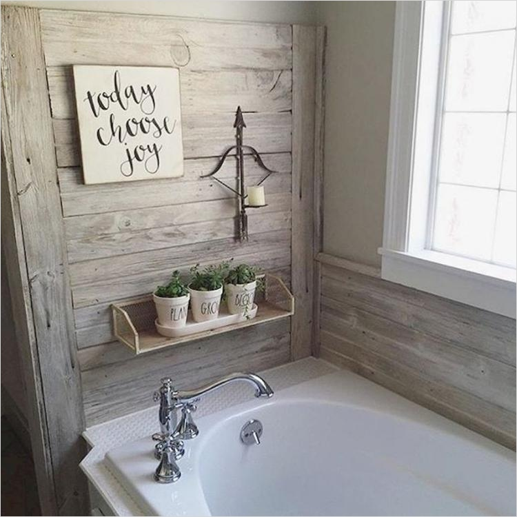 41 Beautiful Farmhouse Bathroom Accessories Ideas 11 Exciting Farmhouse Bathroom Decor Ideas 1