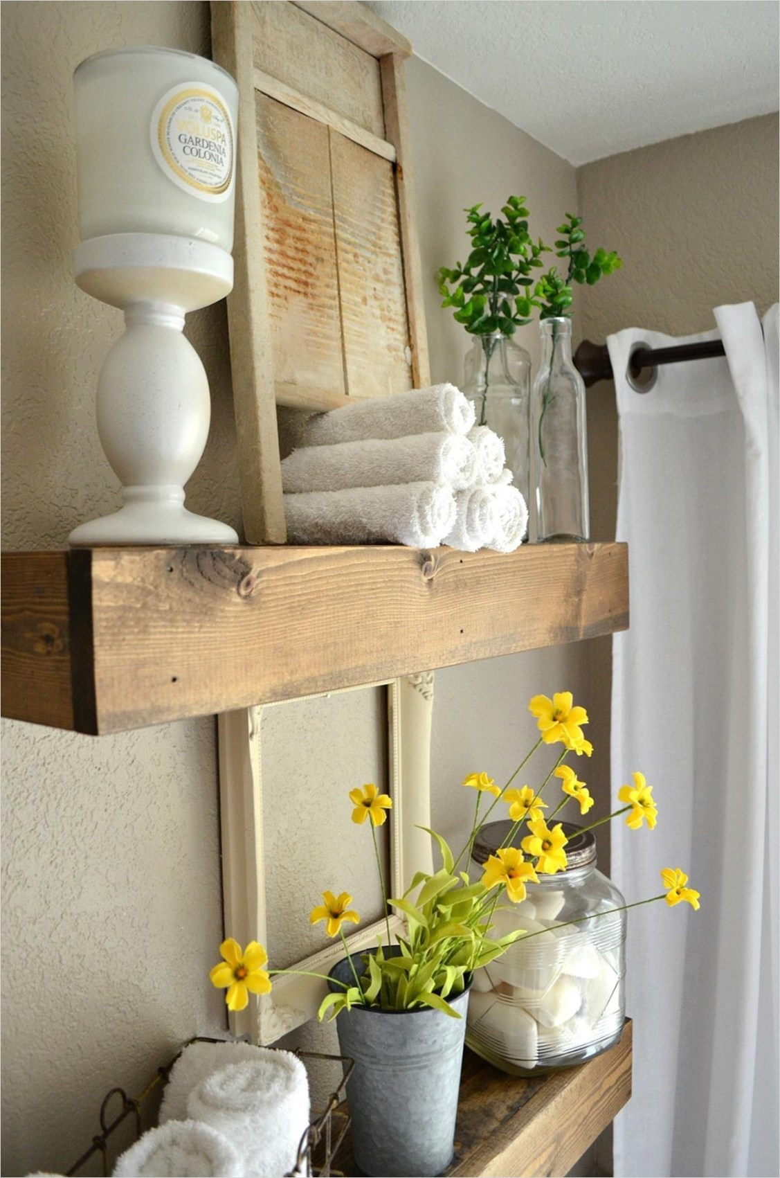 41 Beautiful Farmhouse Bathroom Accessories Ideas 15 26 Charming Farmhouse Bathroom Accessories Ideas Decorelated 2