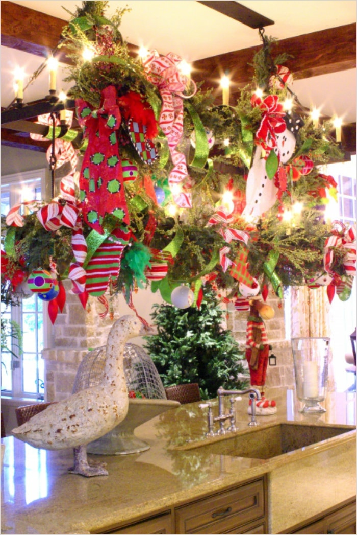 42 Awesome Kitchen Christmas Decorating Ideas 62 Christmas Decor Ideas for Kitchen – Home and Decoration 1