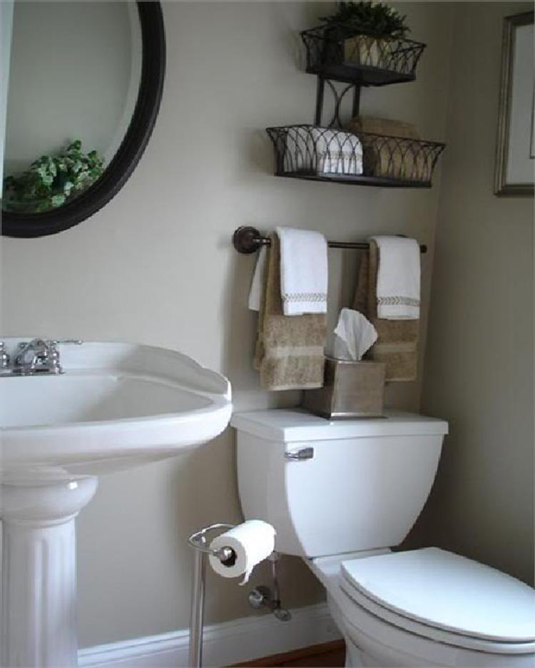 42 Perfect Small Bathroom Decorating Ideas 19