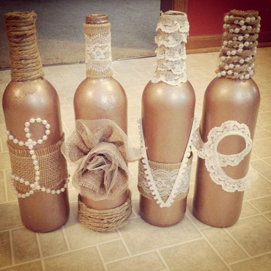 46 DIY Simple but Beautiful Wine Bottle Decor Ideas 22