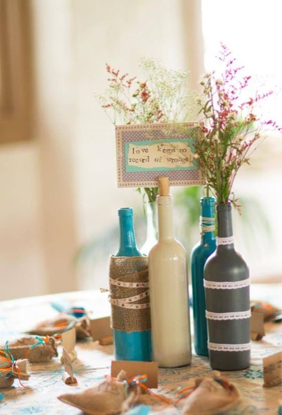 46 DIY Simple but Beautiful Wine Bottle Decor Ideas 5