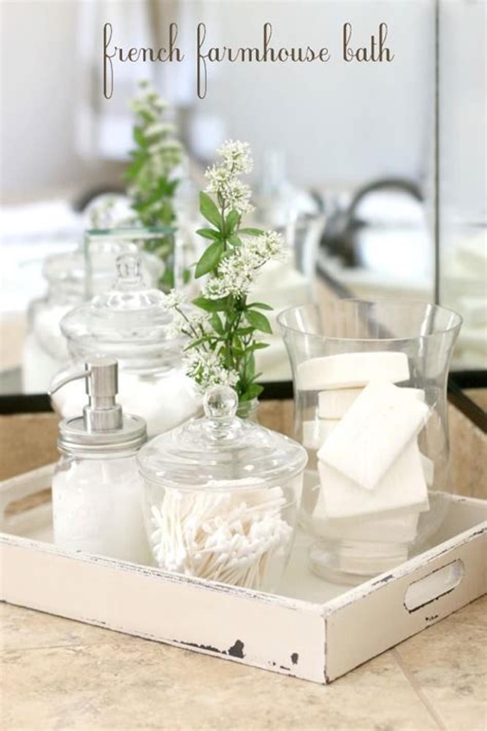 40 Beautiful Farmhouse Style Tray Decor Ideas 2