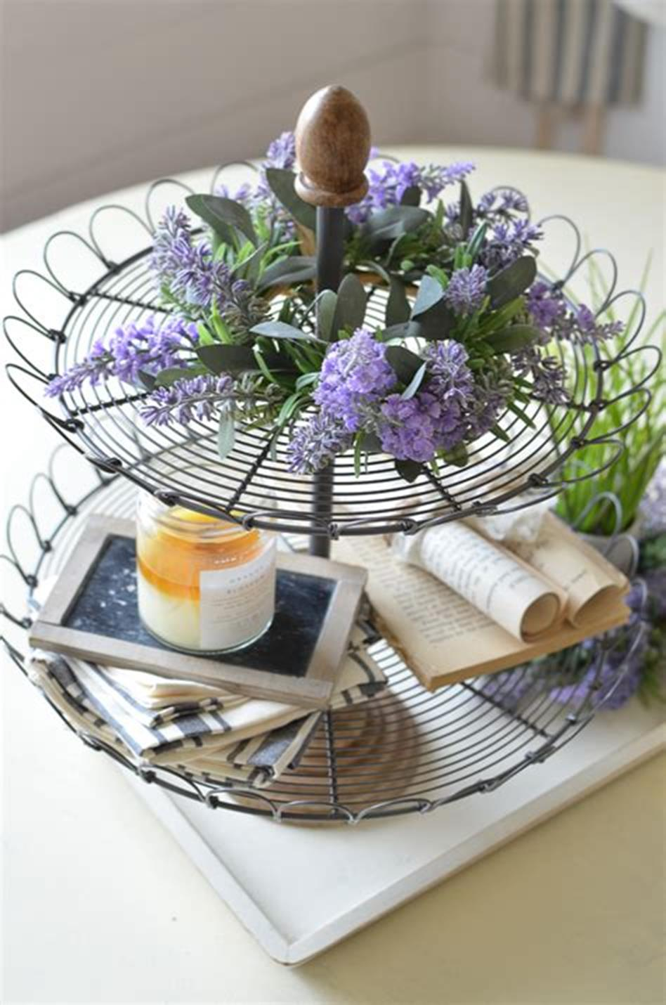40 Beautiful Farmhouse Style Tray Decor Ideas 4
