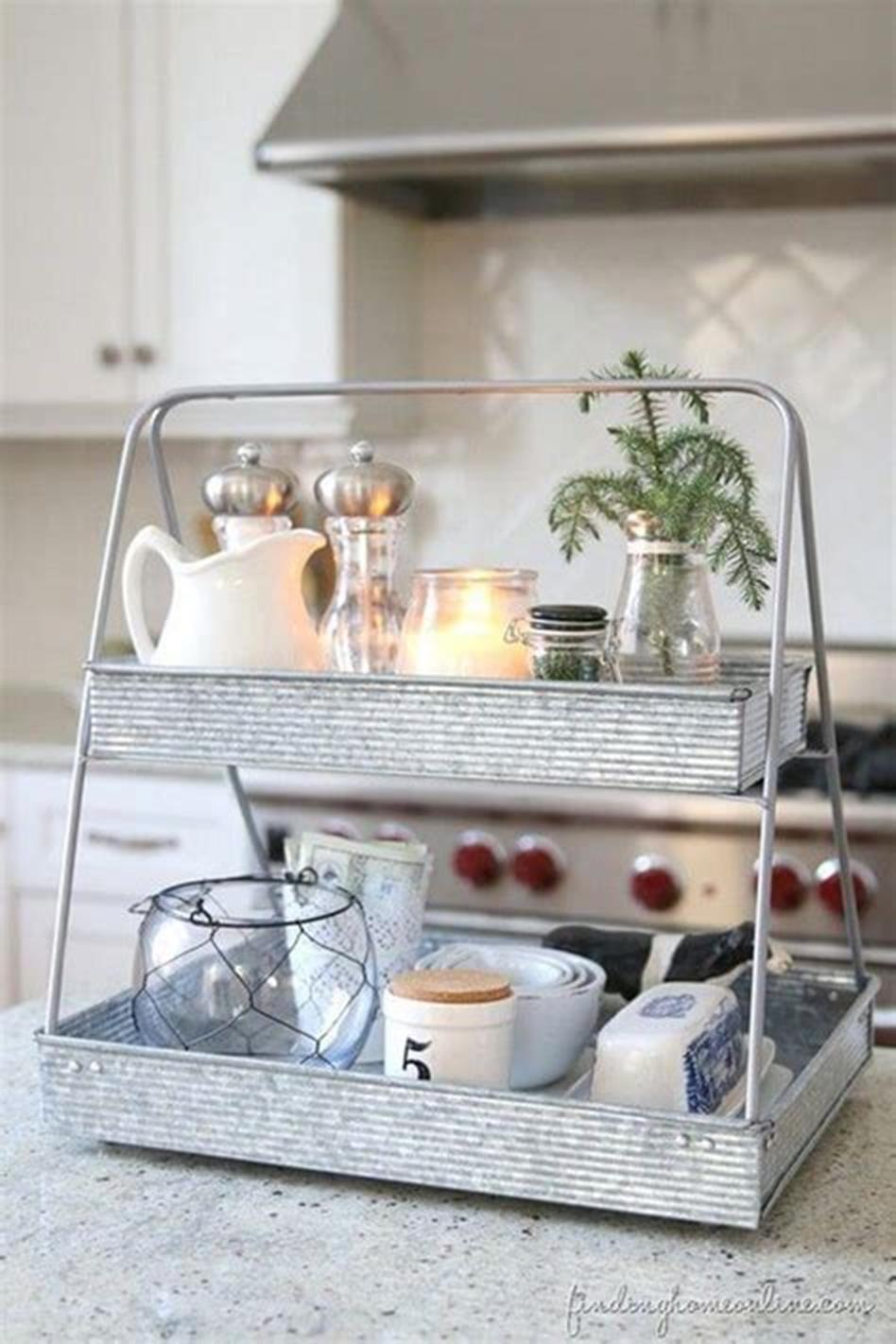 40 Beautiful Farmhouse Style Tray Decor Ideas 46