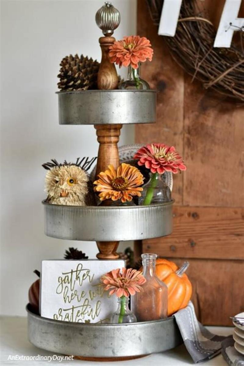 40 Beautiful Farmhouse Style Tray Decor Ideas 7