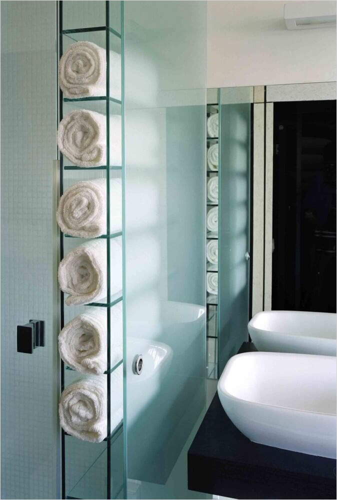36 Awesome Bathroom Rowel Storage Ideas 23