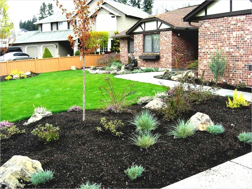 35 Perfect Front Yard Landscaping Ideas with Rocks 18