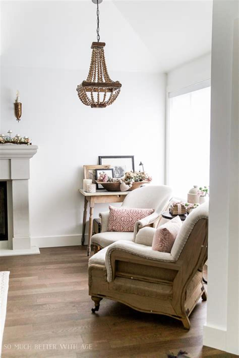 37 Beautiful Farmhouse Spring Decorating Ideas On a Budget for 2019 7