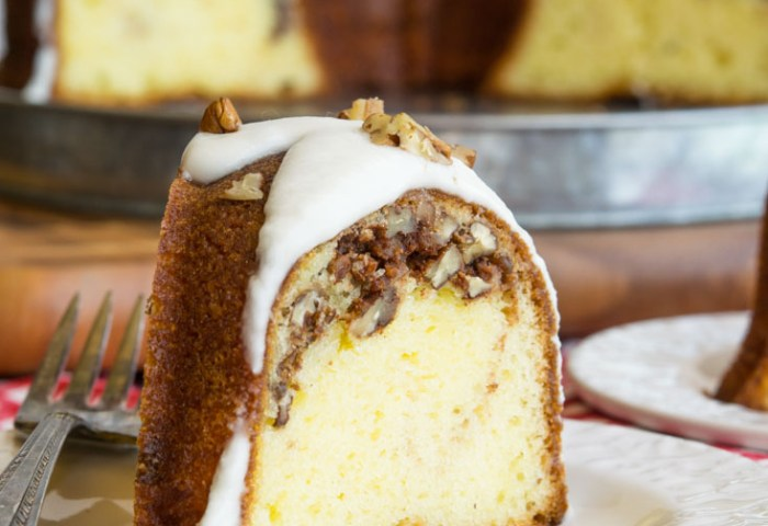 Sock It To Me Cake Southern Butter Cake With A Generous Streusel Filling