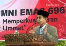 """KH Hasan Abdullah Sahal, """"Jangan sebatas ukhuwah nostalgiawiyyah"""" – Reuni alumni Gontor 696 part 2"""